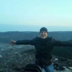 Я парень девственник ищу опытную девушку в Волгограде.