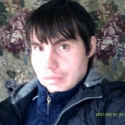Парень ищет девушку или женщину любого возраста для секса  в Волгограде