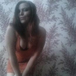 Пара ищет постоянную девушку для секса в Волгограде. С нас подарки